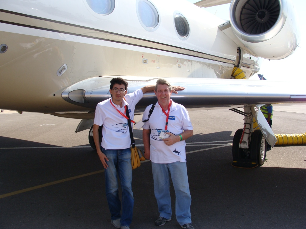 Eddie and Ahmed visit the 2010 AVEX air show at Sharm El Sheik as 'trade' visitors.