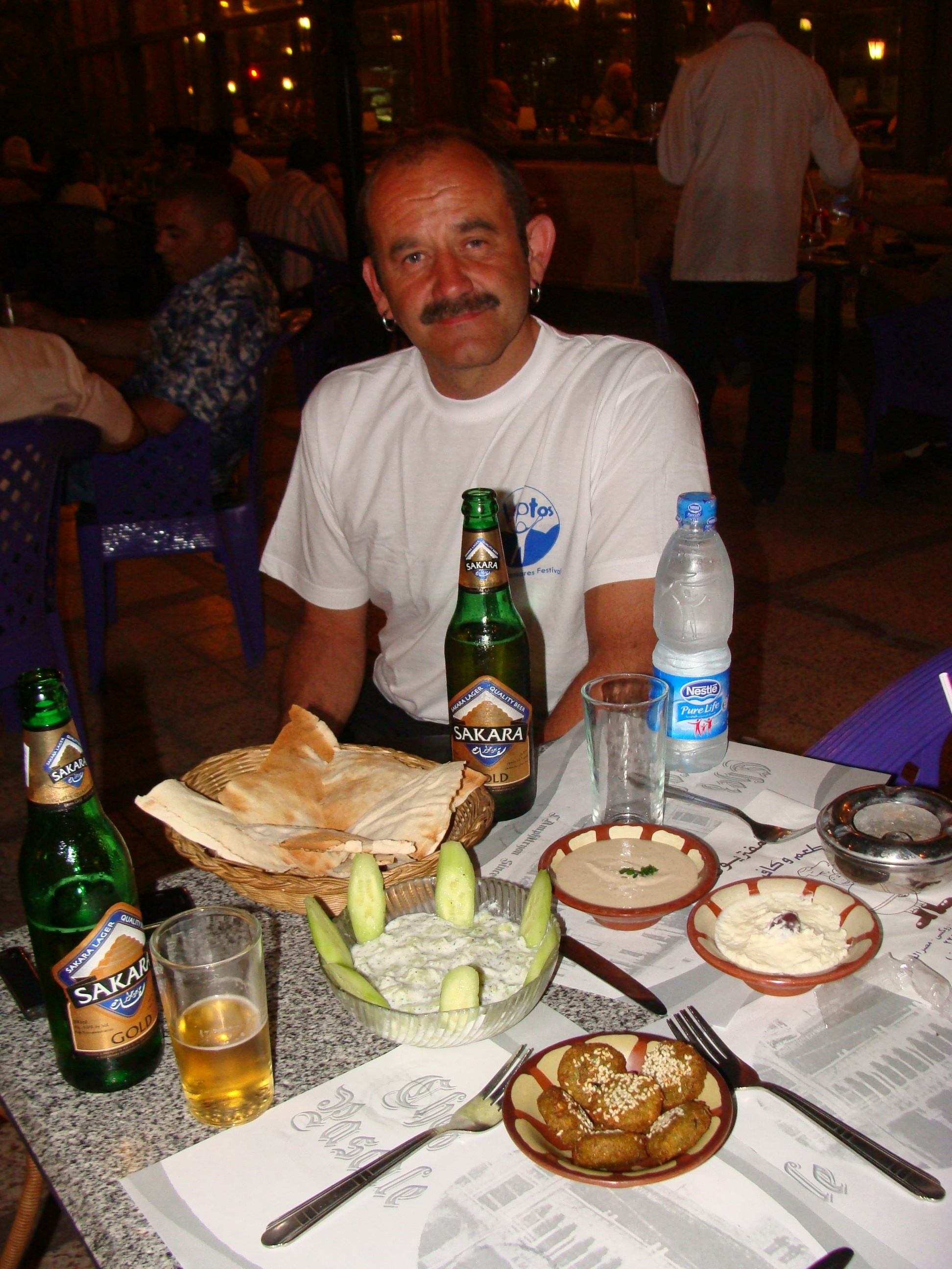 Dave wasn't too impressed with the Egyptian starters, but the kebabs that followed were thankfully received...as was the ice cold lagers.