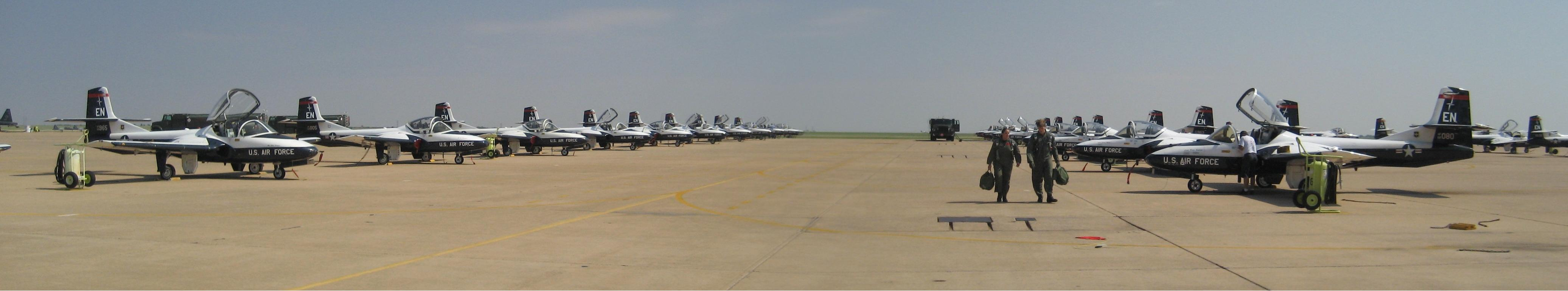 ENJJPT_T-37s_on_the_ramp