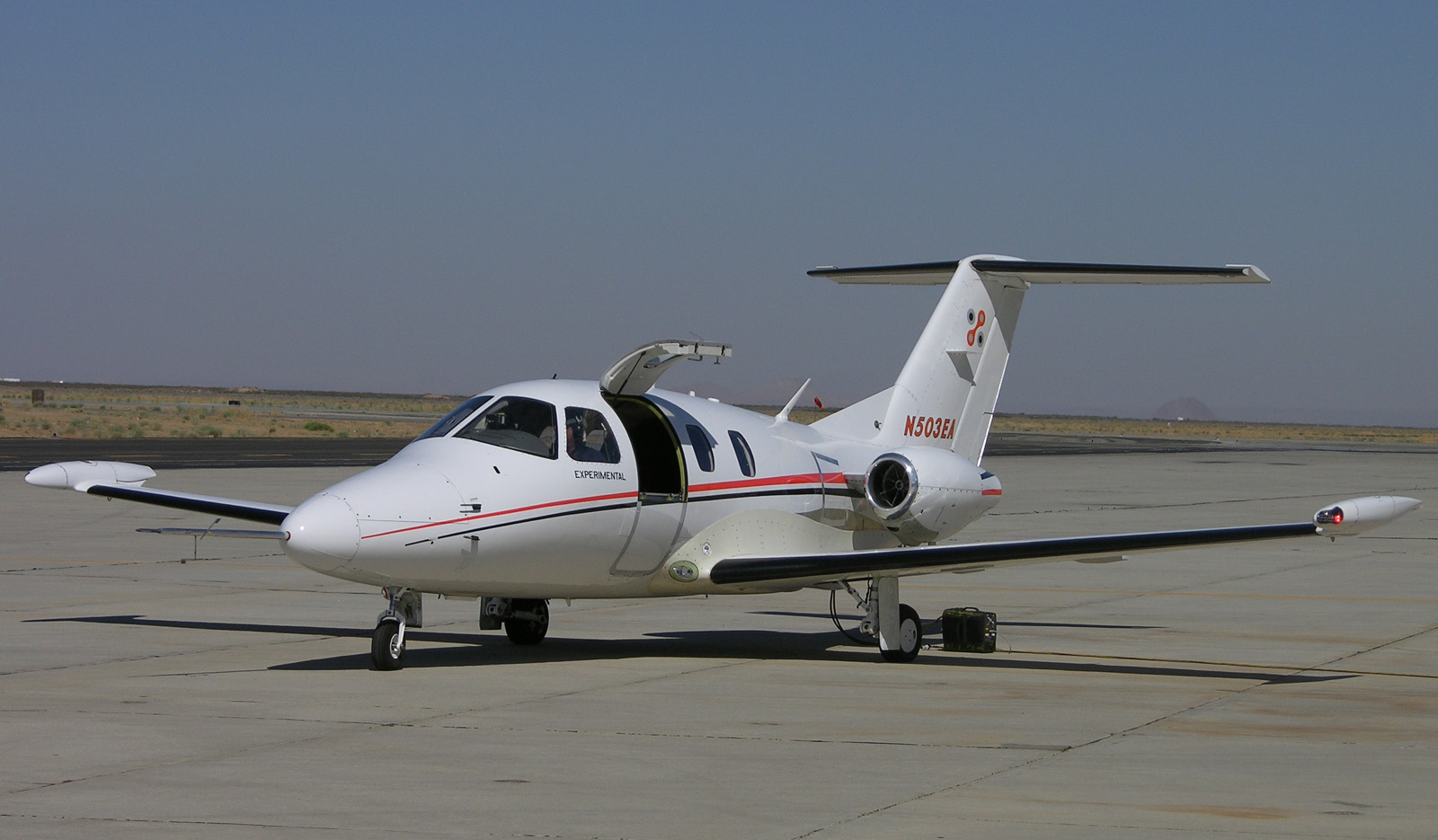 Eclipse 500 on ramp Mojave