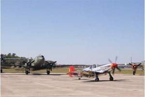 Kermit Weeks taxies the P-51C to the runway.Photo: John Stemple